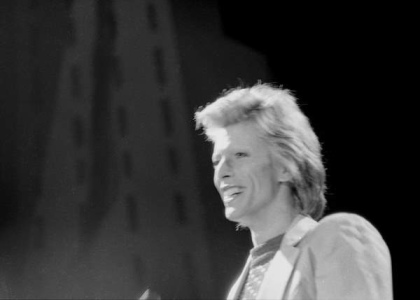 david bowie smiling