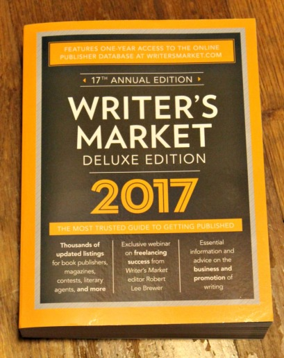 writers-market-deluxe-edition-2017-front-cover